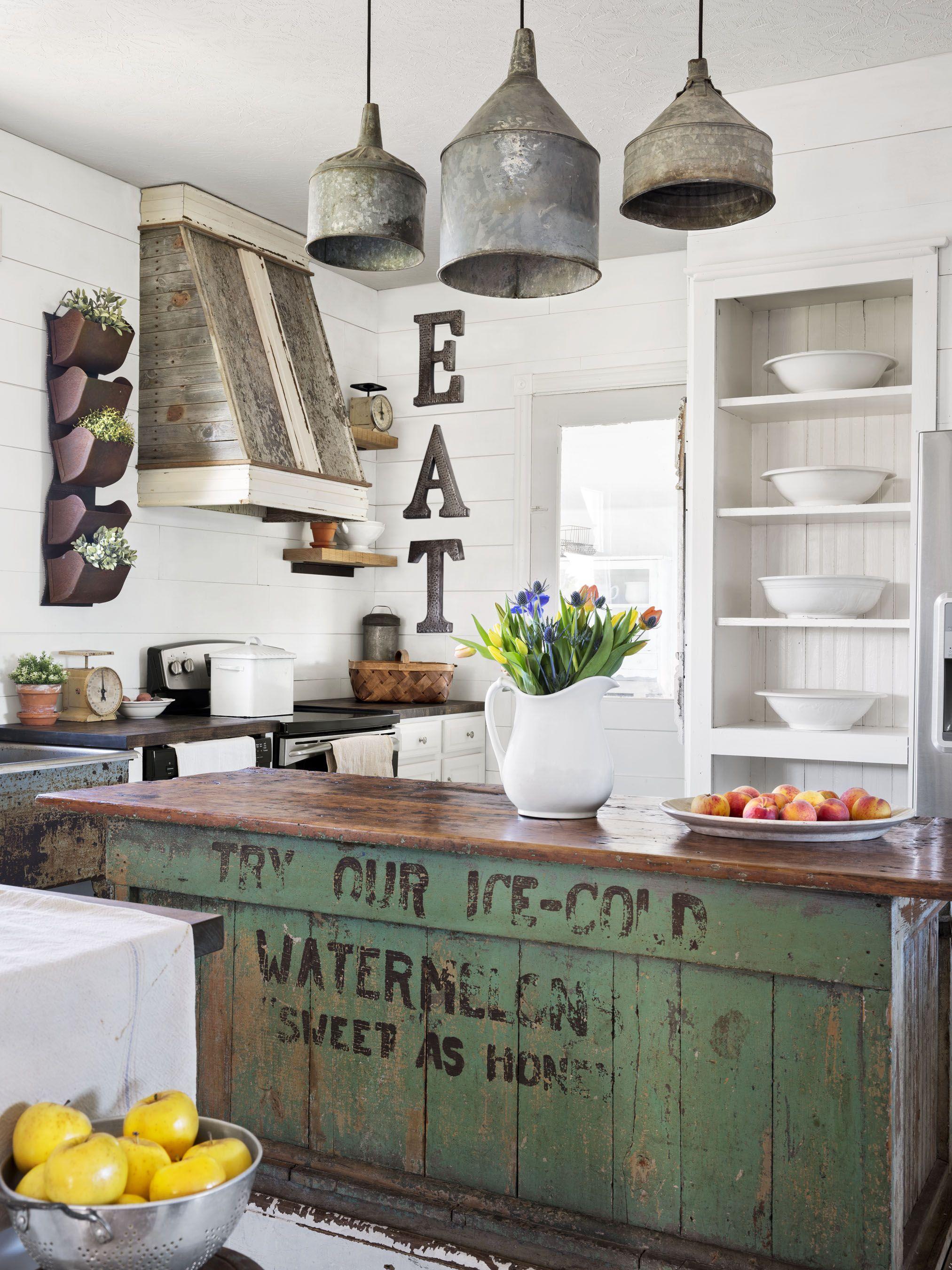 34 Farmhouse Style Kitchens - Rustic Decor Ideas for Kitchens on Farmhouse Rustic Kitchen Ideas  id=24096
