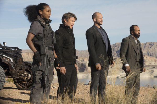 Een deel van het Control team uit Westworld S2
