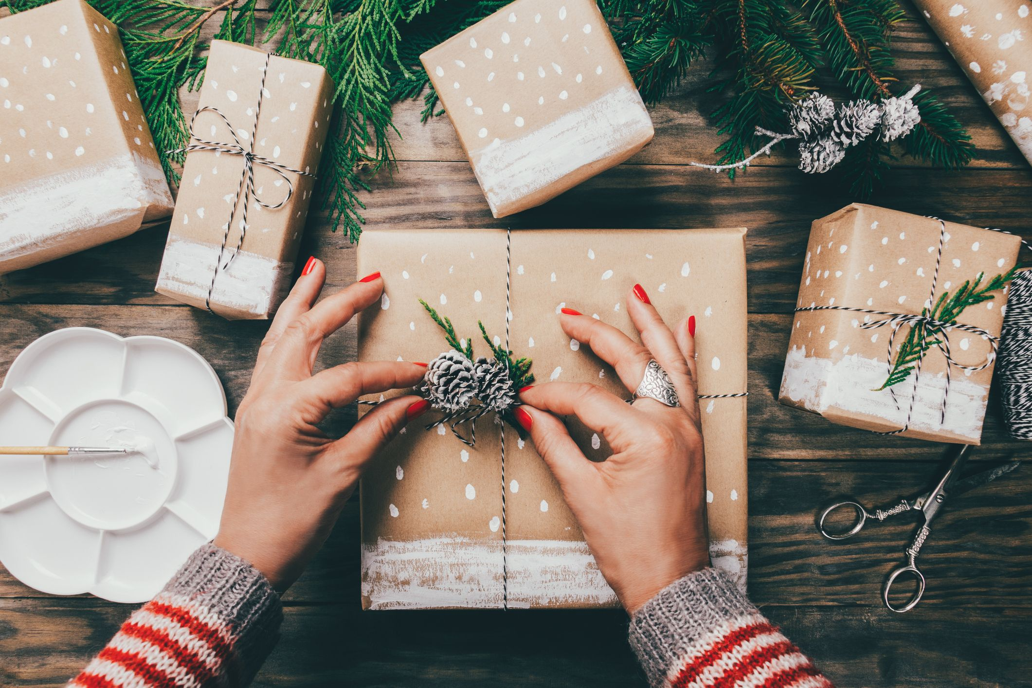 Why I Never Put Christmas Presents In Gift Bags How To Wrap Christmas Gifts
