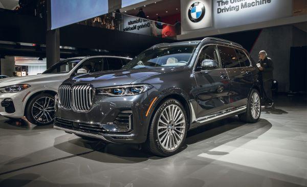 2020 BMW X7 Reviews | BMW X7 Price, Photos, and Specs ...
