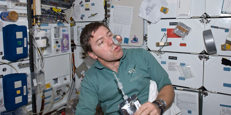 Astronauts Have a New, Better Way to Drink Their Own Pee ...