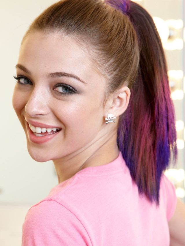 5 cute flat iron hairstyle ideas - how to style hair with a