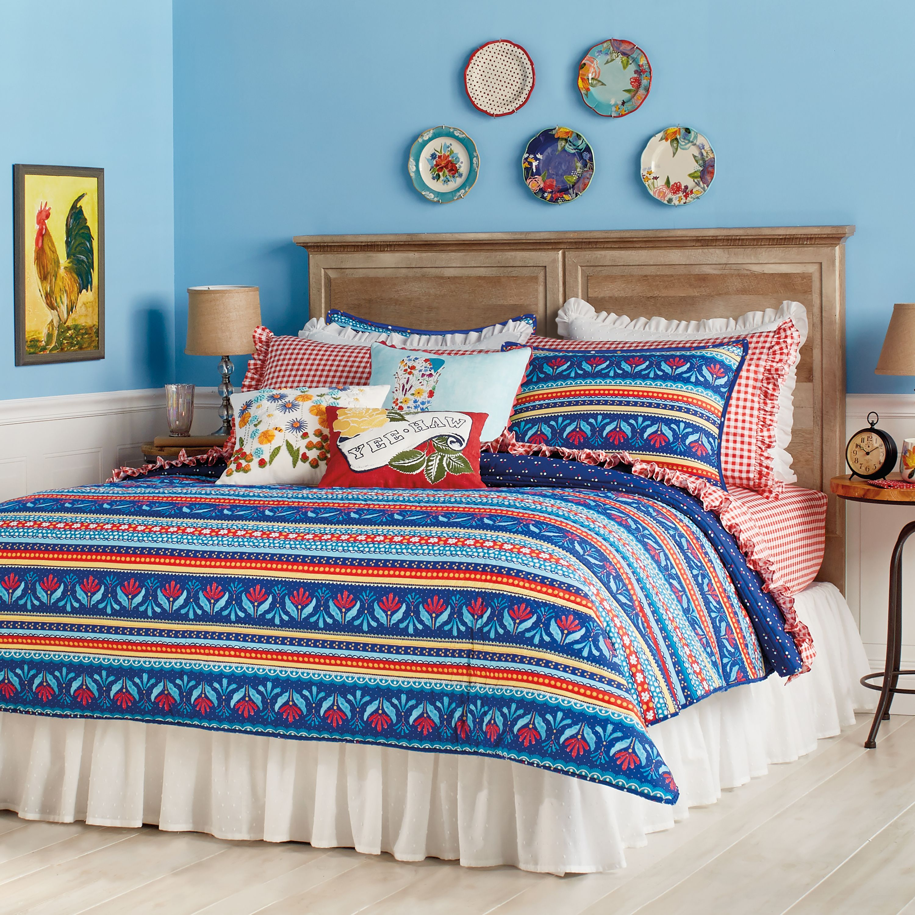 See Pioneer Woman Star Ree Drummonds New Fall Bedding