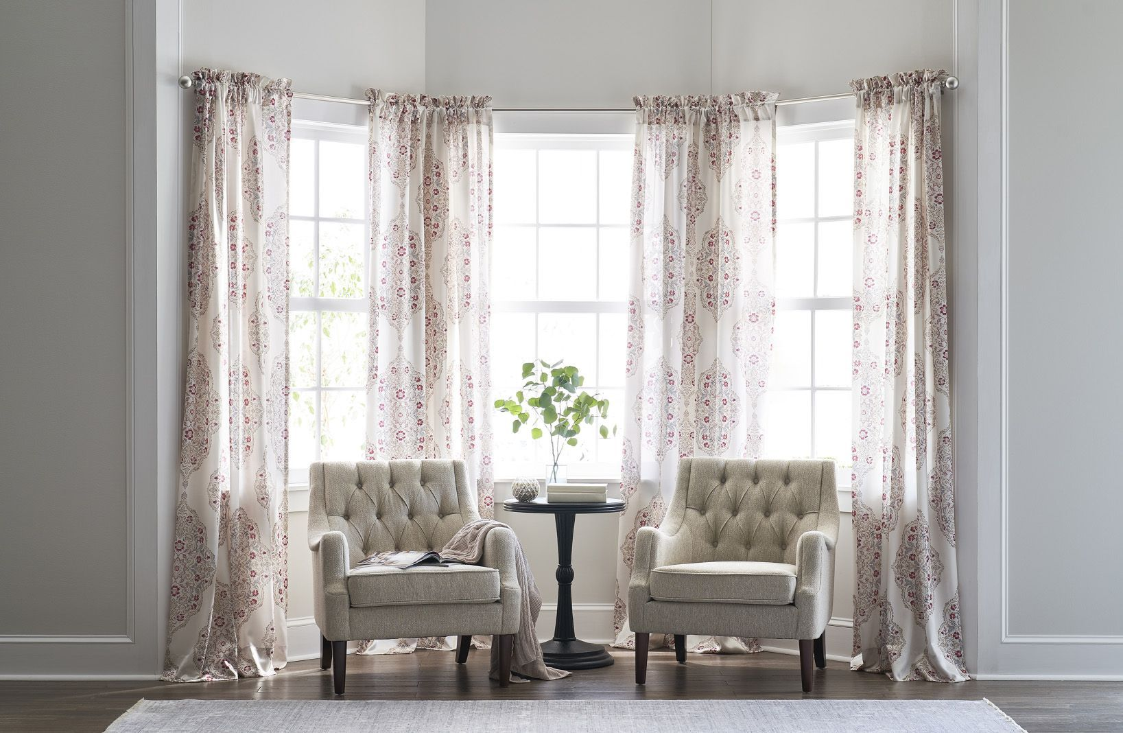 the right and wrong ways to pick out window treatments