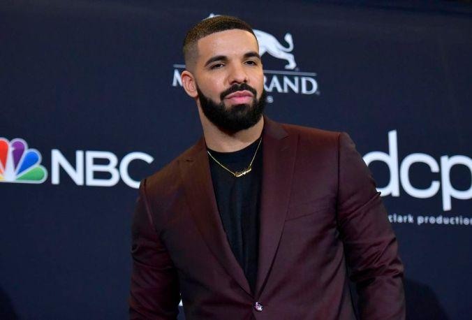 Drake- ---- Hipxclusive.com