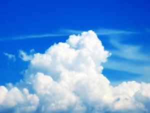 青空と夏の入道雲