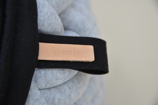 kumeko MINI-KNOTTY FLOOR CUSHION タグ