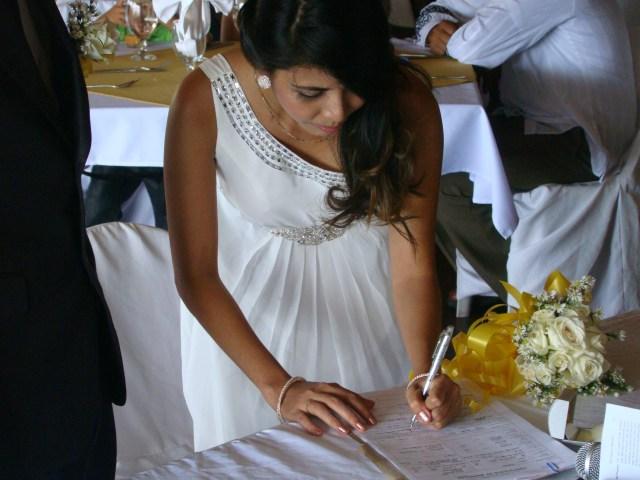 signing2