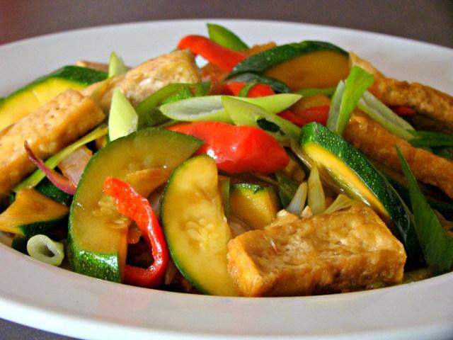 stir-fry zucchini with tofu