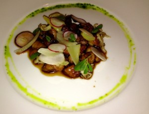 Waterfront Restaurant: superb crispy sweetbreads with marinated vegetables and pickled mushrooms