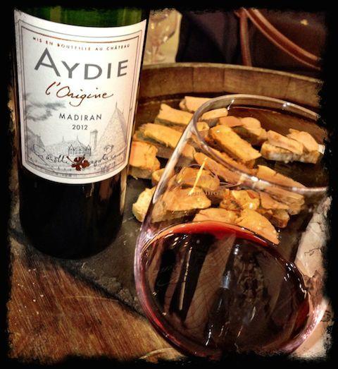 market tasting aydie l'origine with foie gras
