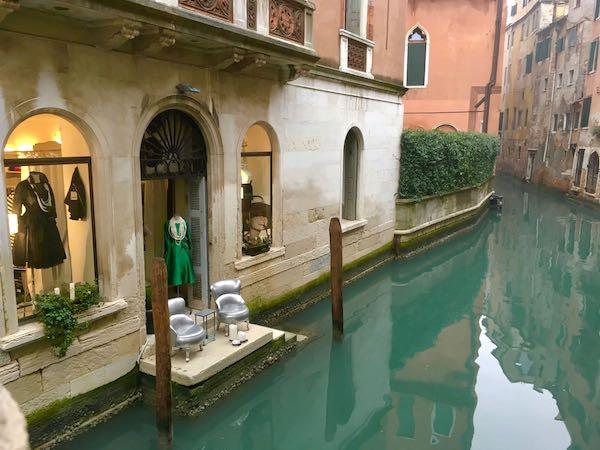 Venice al fresco display