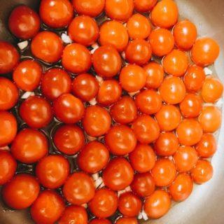 プチトマトのトマトソースのはじめ
