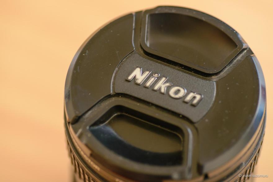 Nikon 24-85mm ED VRのレンズフード