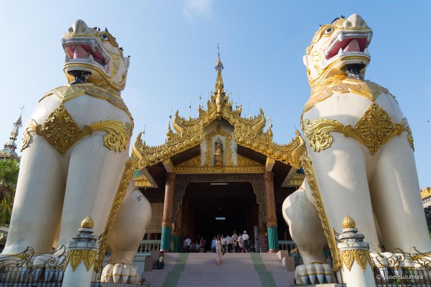 ヤンゴン シェエダゴォンパヤー 入り口