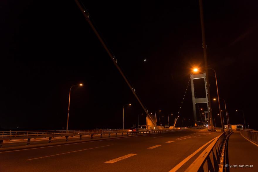 来島海峡大橋 夜 道路