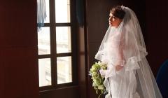 フィッシュテールとフリルのロングトレーンでシンプルなマーメイドドレス