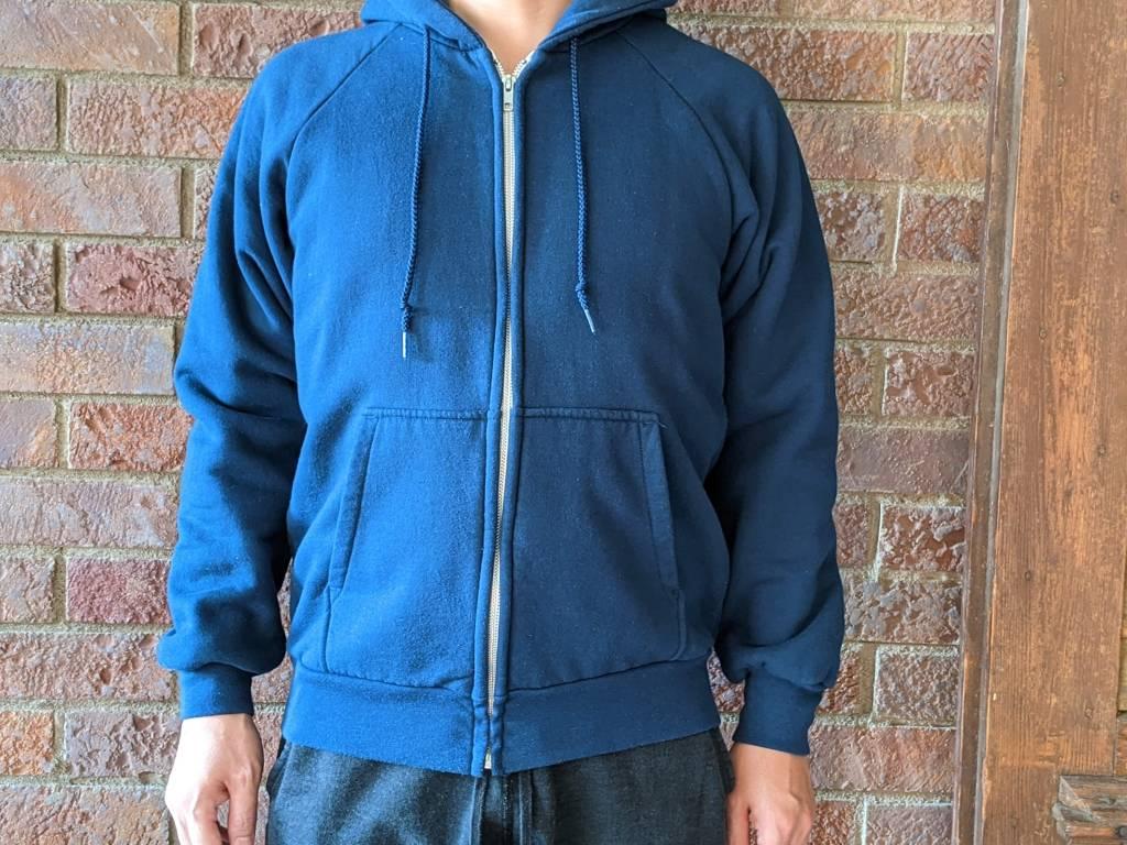 【キャンバー・チルバスター】アメリカ生まれ・高コスパスウェットのサイズ感や種類・違いをレビュー・着用画像