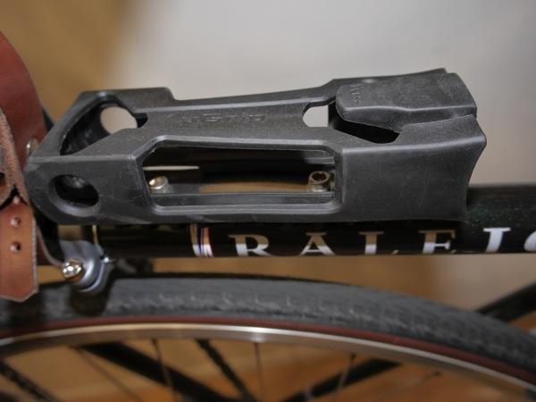 Hiroyaki abus lock bordo5700007