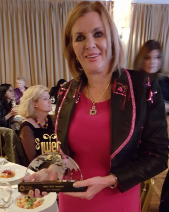 MARGARET WITH HER IWEC AWARD