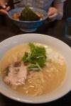 池袋・浮浪雲 鶏白湯そば(700円)