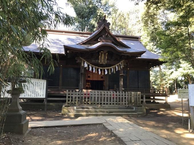 氷川女体神社拝殿