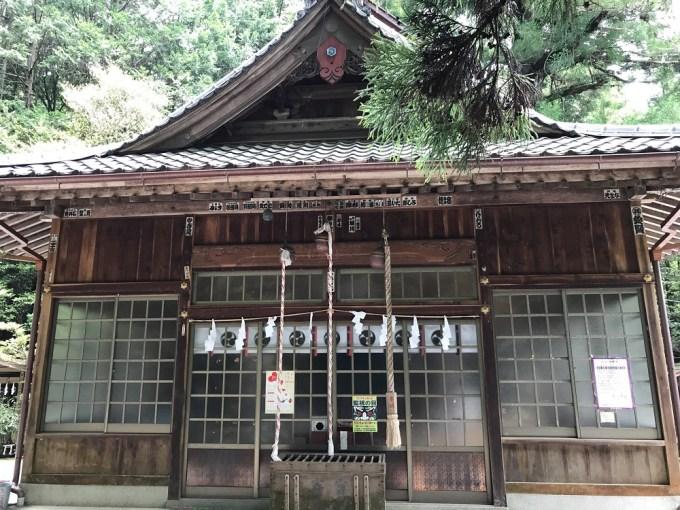 萩日吉神社拝殿