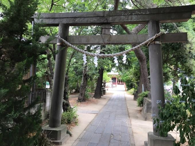 越谷香取神社三の鳥居