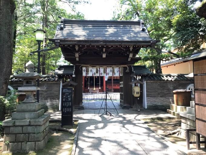 赤坂氷川神社楼門