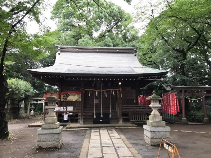 敷島神社拝殿
