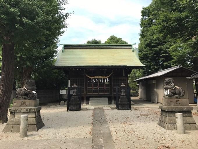 三ツ和氷川神社拝殿