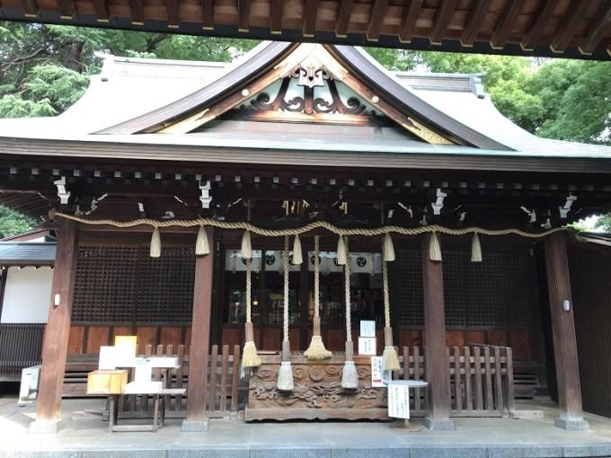 鳩ヶ谷氷川神社拝殿