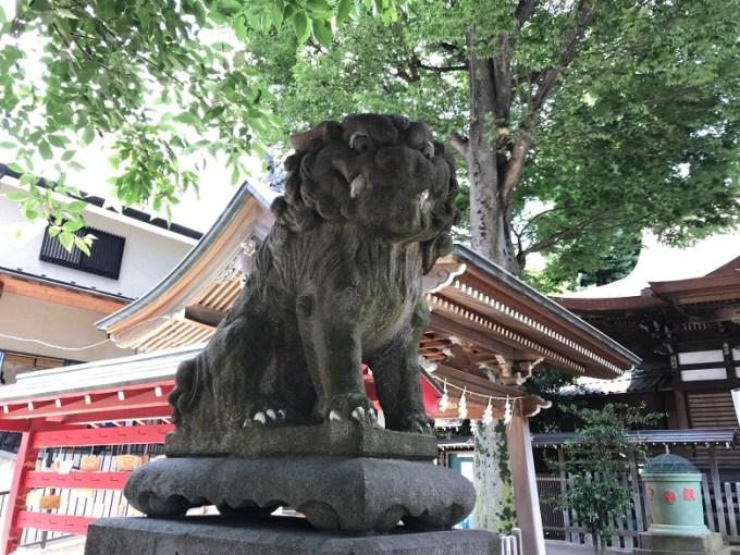 滝野川八幡神社狛犬左