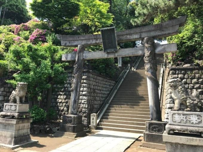 品川神社双龍鳥居