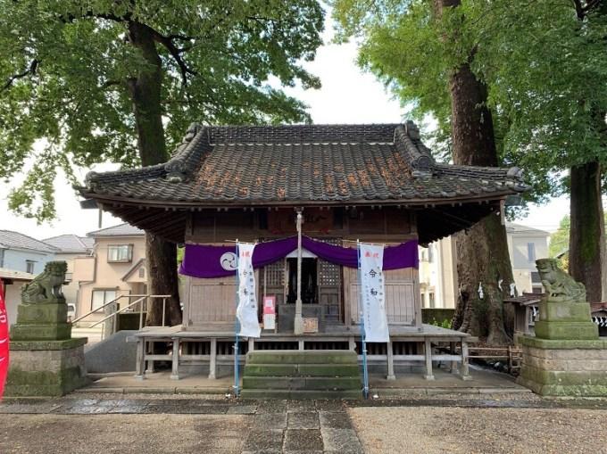 八枝神社拝殿
