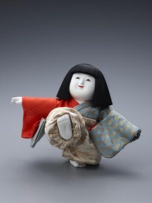 十二世久重作 御所人形「蹴人」