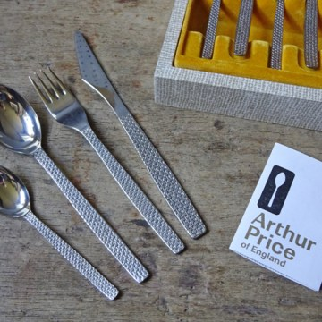Vintage Arthur Price cutlery canteen | H is for Home