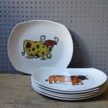 Vintage Beefeater steak plate set