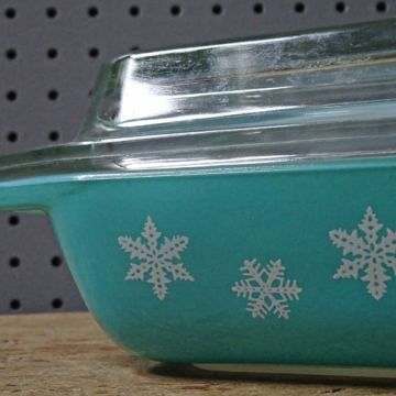Blue Pyrex 'Gaiety' casserole dish | H is for Home