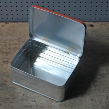 Orange vintage sandwich tin | H is for Home