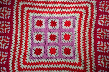 Pink crochet knee blanket | H is for Home