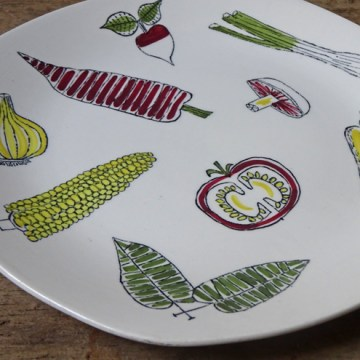 Vintage Salad Ware plate designed by Terence Conran | H is for Home