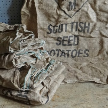 seed potato hessian sack