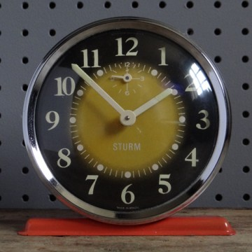 Red Sturm alarm clock