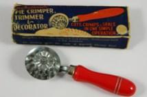 vintage pastry crimper