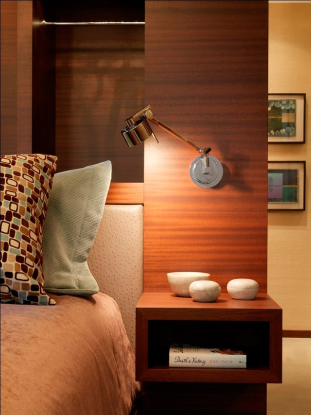 wall mounted bedside reading light