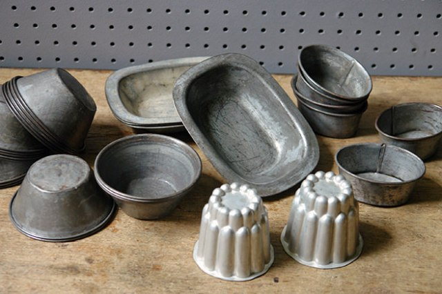 Collection of small vintage metal pie tins and moulds   H is for Home