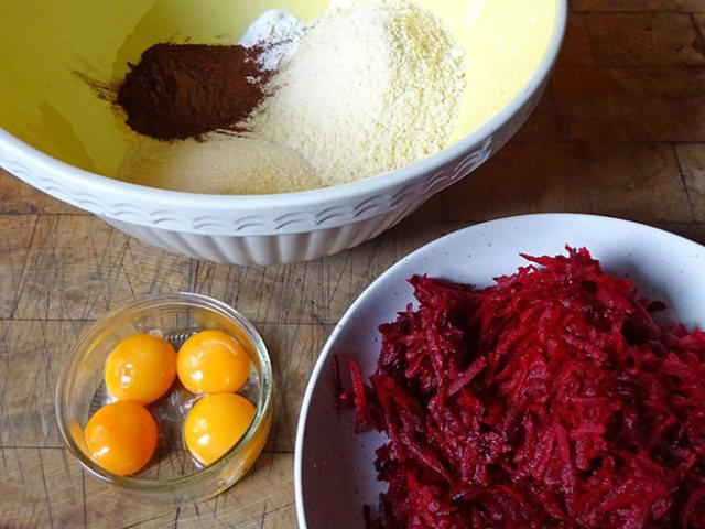 Separated egg yolks, grated beetroot and dry ingredients | H is for Home