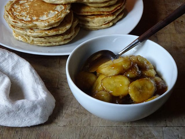 Plate of cinnamon pancakes and bowl of caramelised bananas | H is for Home
