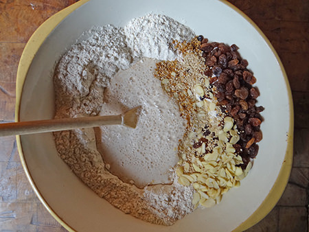 Muesli loaf ingredients